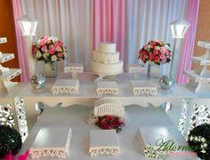Aluguel Decoração Para Festa de 15 Anos Rosa e Branco em Provençal. Decorações de primeira classe, locação de móveis provençais e serviços realizados com pr