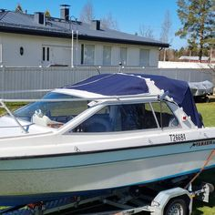 Boat Covers, Upholstery, Canvas, Car, Tela, Tapestries, Automobile, Reupholster Furniture, Canvases