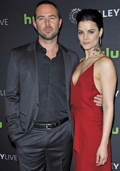 "Jaimie Alexander hits the red carpet with ""Blindspot"" Australian co-star Sullivan Stapleton"
