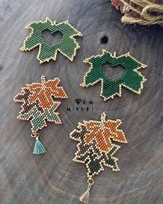 Miyuki Necklace orders 🥰🎁💚🎄 ✩ ✩ ✩ ✩ ✩ ✩ ✩ ✩ ✩ ✩ ✩ ✩ ✩ ✩ ✩ ✩ ✩ ✩ ✩ ✩ ✩ © ️Design & Photo✂️ ➡️Dm miyuki -Do not use without permission! Brick Stitch Patterns, Seed Bead Patterns, Peyote Patterns, Beading Patterns, Jewelry Making Beads, Beaded Jewelry, Beadwork Designs, Bead Crochet Rope, Beading Projects