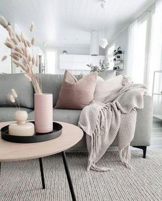 How To Decorate A Grey and Blush Pink Living Room Learn how to combine grey and pink for an amazing living room your guests will fall in love with! Get free tips and ideas for great home decor! - How To Decorate A Grey and Blush Pink Living Room Living Room Modern, Home Living Room, Small Living, Grey Living Room Furniture, Feminine Living Rooms, Cosy Living Room Grey, Living Room Decor Ideas Grey, Grey Living Room Ideas Colour Palettes, Apartment Living Rooms