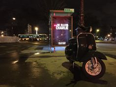 Abribus #JesuisCharlie Motorcycle, Vehicles, Bus Shelters, Motorcycles, Car, Motorbikes, Choppers, Vehicle, Tools