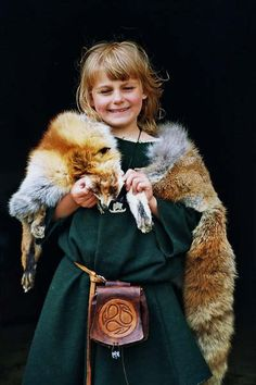 Gaberdine is crazy if she thinks her slouchy tunic and fox stole are going to land her the lead role over Quinoa in the preschool's production of Game of Thrones. #MIWDTD