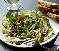 MyPanera Recipe: A Pear Endive Salad with Pecans and Goat Cheese