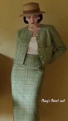 1930s Fashion, Retro Fashion, Vintage Fashion, Vintage Style, Pretty Dresses, Beautiful Dresses, Two Piece Outfit, Cute Outfits, Work Outfits