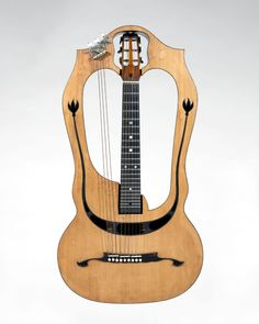 Chitarra-lyra (harp guitar), by Luigi Mozzani, ca. 1915