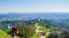 Hiking in Los Angeles in Spring - From our Los Angeles driving tour https://friendlylocalguides.com/los-angeles/tours/los-angeles-driving-tour #spring #2017 #california #losangeles #la #usa #visit #travel #traveler #traveling #калифорния #лосанджелес #friendlylocalguides #girl #smile #hiking #panoramic #view #scenic #apline
