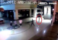INCRÍVEL - Alien Grey Capturado em Câmera de Segurança na Entrada de um Cassino!!