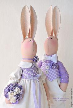 Hračky zvieratá, ručné práce.  Svadobné králiky v lila farby.  Prítomný na svadbe.  Jigoro Natalia.  Fair Masters.  svadobné Bunny
