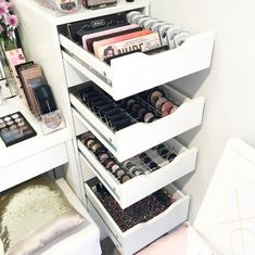 Makeup Storage Organiser, Makeup Storage Drawers, Makeup Organization, Closet Organization, Drawer Storage, Alex Drawer Organization, Makeup Storage Furniture, Ikea Drawer Organizer, Ikea Bathroom Storage