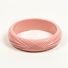 Splendette Pale Pink Carved Bangle