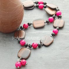 pink jade and wooden necklace