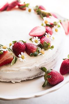 Easy Strawberry Cake ~ a white layer cake filled with strawberry jam, frosted with almond buttercream - it all starts with a cake mix Fresh Strawberry Cake, Strawberry Cake Recipes, Strawberry Sweets, Fresh Cake, Strawberry Shortcake, Homemade Frosting, Homemade Cakes, No Bake Desserts, Dessert Recipes