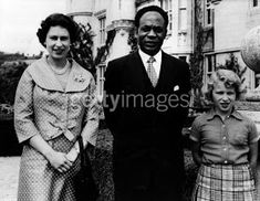Kwame Nkrumah, Prime Minister of Ghana, visits Queen Elizabeth and Princess Anne at Balmoral Castle here, Aug. The African leader offered his congratulations to the Queen who is expecting her. Get premium, high resolution news photos at Getty Images All Black Dresses, Emerald Green Dresses, Maternity Coat, Maternity Fashion, Ghana, Queen's Official Birthday, Soia And Kyo, Matching Top And Skirt, Isabel Ii