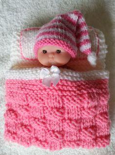 – Knitting patterns, knitting designs, knitting for beginners. Knitting Patterns Free Dog, Barbie Knitting Patterns, Knitted Doll Patterns, Knitting Dolls Clothes, Christmas Knitting Patterns, Crochet Doll Clothes, Knitted Dolls, Crochet Dolls, Baby Knitting