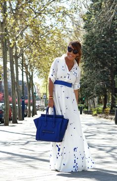 CON DOS TACONES: LONG DRESS