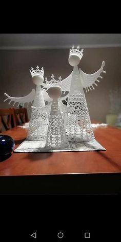 Filet Crochet, Crochet Motif, Crochet Angels, Crochet Square Patterns, Crochet Home, Snowflakes, Crocheting, Holiday, Christmas