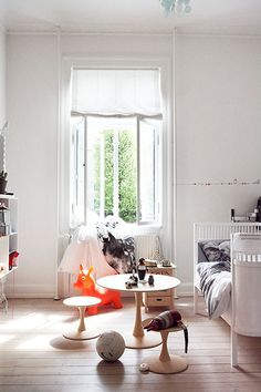 Bright modern kids room