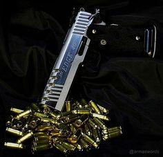 Manufacturer: STI Mod. Edge Type - Tipo: Pistol Caliber - Calibre: 40 S&W Capacity - Capacidade: 15 Shot Barrel length - Comp.Cano: 5 Weight - Peso: 1077...