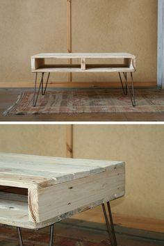 Table basse palette à vendre sur Etsy http://www.homelisty.com/table-basse-palette/