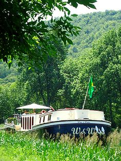 barge cruise burgundy France - deluxe accommodations and food for a charter- like a family trip