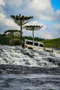 .LandRover Go anywhere