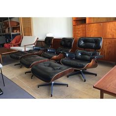 Waiting for a client to pick one of these out. Enjoying the view. #eamesloungechair #denmobler #midcenturymodern #hermanmiller