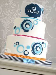 The Designer Cake Company Teen Boy Birthday Cake, Birthday Cakes For Men, 14th Birthday, Birthday Ideas, Teen Cakes, Cakes For Boys, Boy Cakes, Cake Decorating For Beginners, Cake Decorating Tutorials