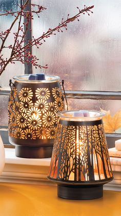 NEW In the Shadows Warmer shown with our Daisy Lantern warmer!