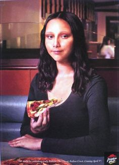 Pizza hut Classic Italian Crust Mona Lisa - Advertising inspired by famous painters Chef D Oeuvre, Oeuvre D'art, Creative Advertising, Advertising Design, Desgin, Jace, Mona Lisa Parody, Mona Lisa Smile, Popular Paintings