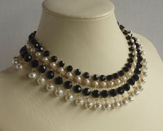 Jet Faceted Glass and Glass Pearl Flexible Collar par ambientzebra
