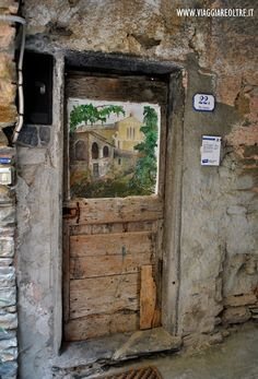 Places In Italy, Places To Go, Camping Glamping, Doorway, The Good Place, Street Art, Stairs, Windows, Architecture