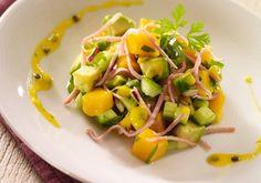 Salade de concombre au Râpé de jambon, mangue et coriandre | Croquons La Vie - Nestlé