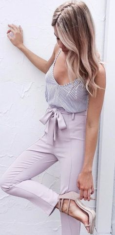 Stunning 34 Chic Spring Outfits for Work to Try 2017 from https://www.fashionetter.com/2017/05/28/34-chic-spring-outfits-work-try-2017/