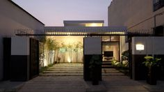 Sightline House - Modern Architecture   UltraLinx