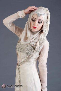 all creams and whites! Muslim Women Fashion, Arab Fashion, Islamic Fashion, Dance Fashion, Hijabi Wedding, Asian Wedding Dress, Hijab Wedding Dresses, Bridal Hijab, Hijab Bride