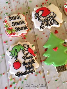 Here are my Dr. Seuss The Grinch Christmas Cookies! Here are my Dr. Seuss The Grinch Christmas Cookies! Grinch Cookies, Christmas Sugar Cookies, Fun Cookies, Holiday Cookies, Cupcake Cookies, Christmas Treats, Christmas Baking, Christmas Cakes, Christmas Appetizers