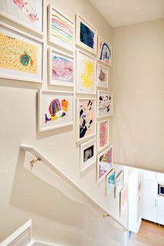 28 Charming Ways To Use Your Kids' Art As Decor - Thuisdecoratie Kids Art Galleries, Displaying Kids Artwork, Art Wall Kids Display, Kid Wall Art, Cool Wall Art, Kid Art, Basement Layout, Best Decor, Kids Decor