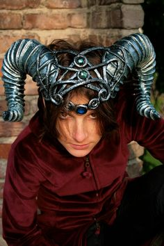 Based in Parma, Italy and run by Sara Bertola, Chimerical Dragonfly is an Etsy store with a collection of striking hats, masks and fantasy headgear. The designs are done for LARP, for Renaissance Faires and perhaps even events like Burning Man.