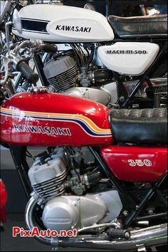Kawasaki 500, Kawasaki Motorcycles, Blitz Motorcycles, Cool Motorcycles, Cafe Racer Bikes, Cafe Racer Motorcycle, Classic Motors, Classic Bikes, Honda Cr