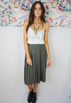 Khaki Green Pleated Midi Skirt   £32  #khaki #green #midi #skirt