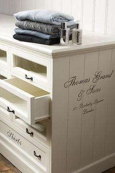 What a cute idea to spruse up a chest!! lettered chest