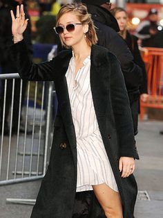 Star Tracks: Thursday, November 13, 2014 | AN EARLY START | Jennifer Lawrence heads to Good Morning America on Thursday to promote her latest flick, The Hunger Games: Mockingjay – Part 1.