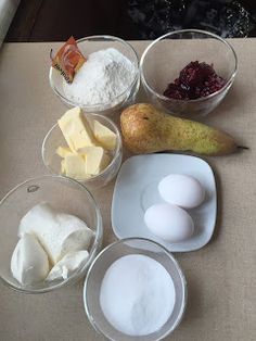 BACKEN für Anfänger und Neulinge mit außergewöhnlichen Lehrlingen ! : Preiselbeer-Birnen- MUFFINS Muffins, Eggs, Breakfast, Food, Baking For Beginners, Kochen, Pears, Cooking Recipes, Simple