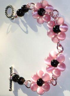 Blush Pale Pink Beaded Bracelet - Accessoires bijoux : http://www.creactivites.com/35-loisirs-creatif-bijoux-et-accessoires