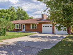 Charming close-in rural residential minutes north of Cheyenne city limits. Quietly tucked just off Yellowstone Road and…