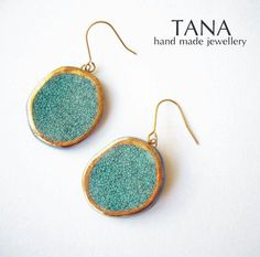 Ceramic+earrings+cracked+turquoise+with+gold.+Boucles+by+Tanaart,+$40.00
