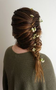 Flowers for Hair | CGH Lifestyle