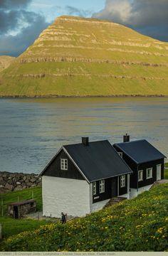 Kleines Haus am Meer, Färöer Inseln
