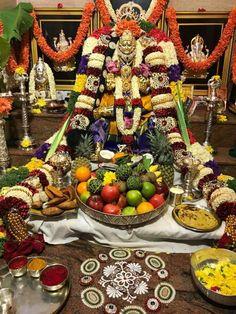 Varalakshmi Diy Diwali Decorations, Table Decorations, Kolam Dots, Pooja Mandir, Pooja Room Design, Indian Classical Dance, Diwali Diy, Puja Room, Goddess Lakshmi